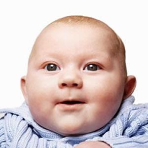 Green Card için İyi Düzenlenmiş Fotoğraf Örneği-4 (Bebek)